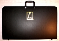 "24"" x 16"" ZIPPERED PORTFOLIO CASE (Empty)"